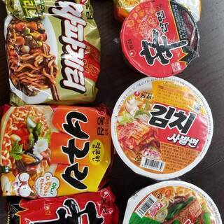 韓国ラーメン種類バラバラ8個で1000円