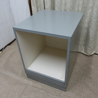 オフィス用品、テーブル兼キャビネット