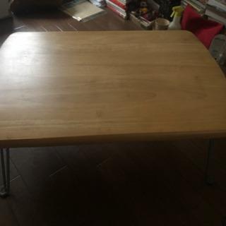 木目の座卓