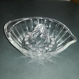 ガラス製レモン絞り