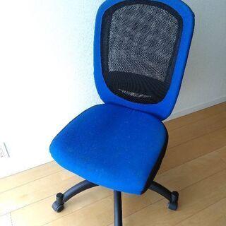 椅子、使っていただけると嬉しいです。