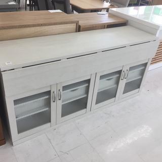 取りに来て頂ける方限定!折りたたみ式のキッチンカウンターのご紹介です!