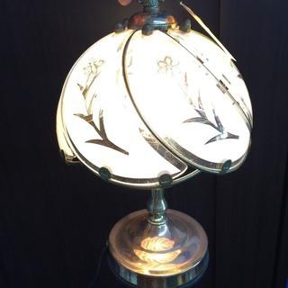 【テーブルランプ】ホワイトランプ・1灯タイプ・ムスカリアンティ‐ク
