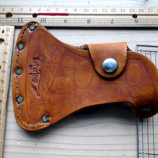 手斧、斧の本革カバーアメリカ製 新品
