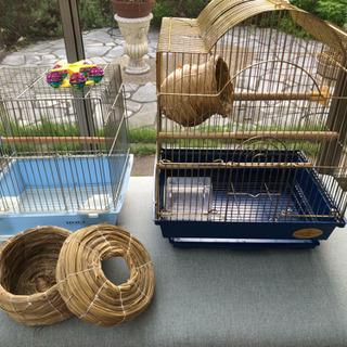 文鳥インコなど鳥かごケージと巣箱とエサいっぱい全部で11点鳥飼育セット