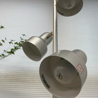 スタンドライト3灯 スポットライト 店舗 照明 展示会