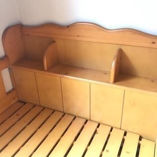 木製ベッド・棚付き