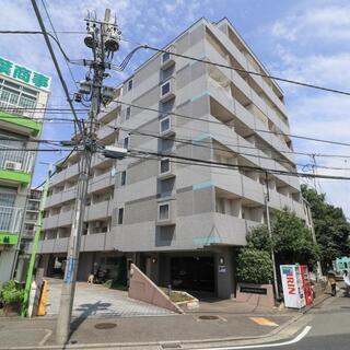ステラコート横浜白楽 家具家電Wi-Fi付き by OYO LI...