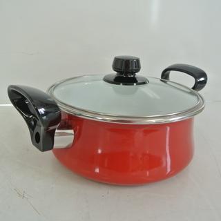 未使用 コンパクトなホーロー両手鍋 耐熱強化ガラスふた 18㎝ 1.6L 箱付き Pretty プリティ  琺瑯鍋 - 高松市