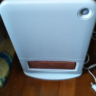 【取りに来てくれる方限定】電気暖房消臭機(トイレ用)無償で差し上げます
