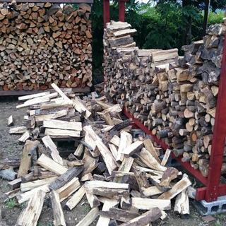 薪ストーブ用薪原木、薪(広葉樹、特にクヌギ・ナラ)