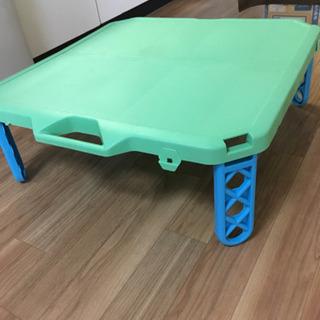 お渡しする方が決まりました。折りたためるテーブル