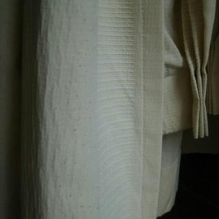KEYUCAのカーテンアイボリー☆着払いまたは、取りに来てくださる方。(2組まとめて2000円) - 立川市