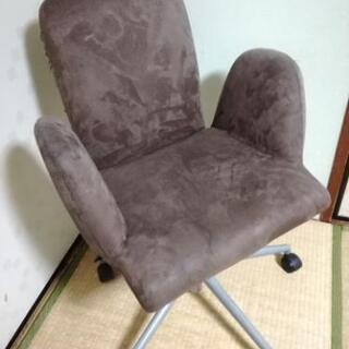 ニトリ 回転椅子 勉強イス 高さ調整可能