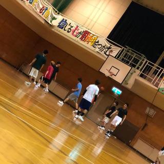 バスケ好きな人ーーー!!⛹️♂️
