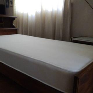 ウッド シングルベッド マット付き