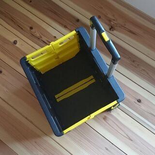 美品 折り畳めるカート