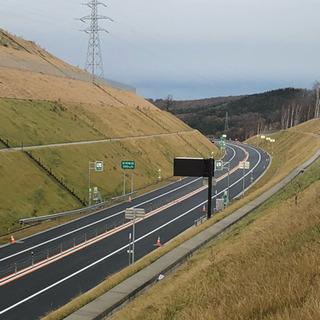 苫小牧  千歳    高速道路ガードレール  フェンス作業