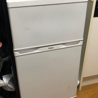 Haier 冷蔵庫 白い 2つキャメラ、小型