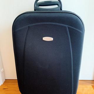 YUCHIMI キャリーケース/スーツケース ブラック