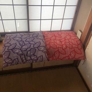 座布団2点(67×67) シミ有り(紫)