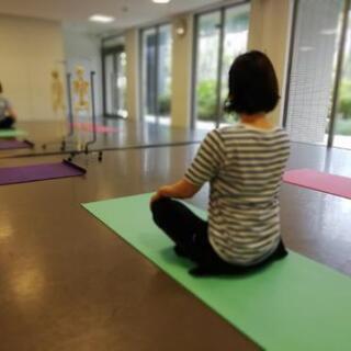 理学療法士による姿勢改善レッスン 姿勢を変える。身体が変わる。姿勢改善の姿勢づくりレッスン『美しい姿勢のつくり方』9/13·27開催! - 福岡市