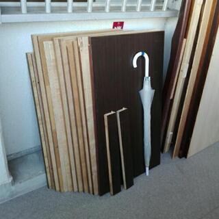 合板パネル、ベニア板、天板、木板、側板。