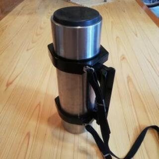 普通の水筒✨