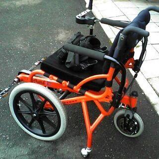 足こぎ車椅子の試乗