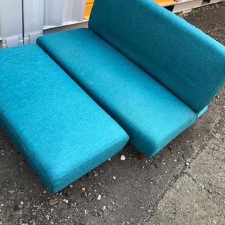 2人掛けソファー  綺麗です! 格安でご提供!