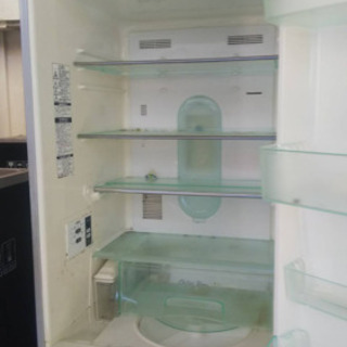 ファミリー向けサイズ冷蔵庫