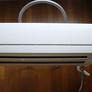 日立 エアコン RAS-F22Y 2009年製 使用回数が少ない...