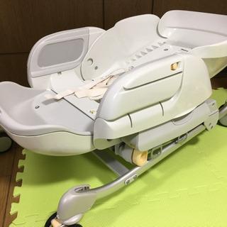 【取引決まりました】combi電動バウンサー ベビーチェア