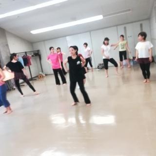 マンマミーア!・君の名は。で踊ろう|映画とミュージカルで踊るダンスレッスン《初心者OK!》 - ダンス