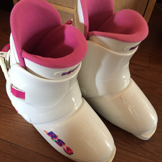 スキー靴23センチ