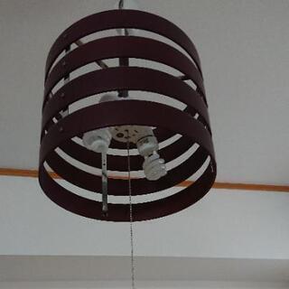 【お譲り先決定】木製ペンダントライト(電球つき)