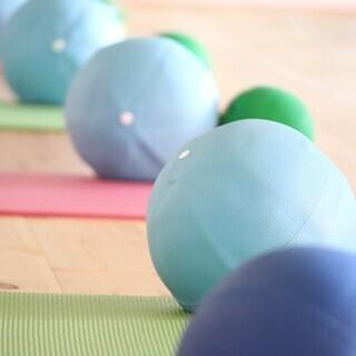 亀有駅徒歩3分!少人数で動く瞑想アロマピラティス