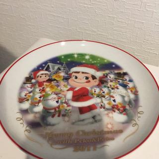 非売品 ペコちゃんクリスマス皿