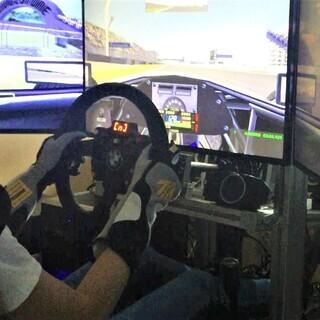 『レーシングシミュレーター』愛車でサーキットを走りに行く前に練習...