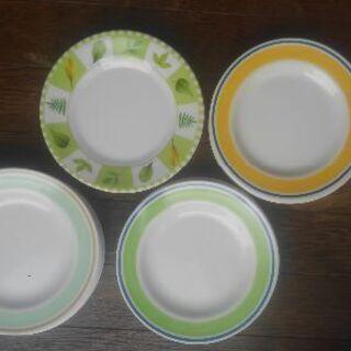 メラミン製の平皿★色違い17.5cm
