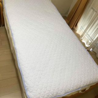 【終了しました】シングルベッド(マットレス付き)差し上げます