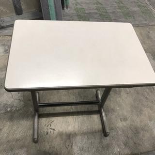 塾で使用していた机