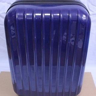 青黒色 中型 スーツケース 3泊4日程度