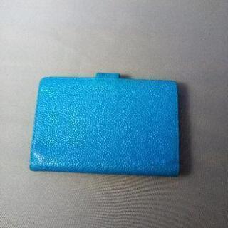 シャネルキャビアスキン手帳カバー。色ブルー。