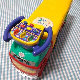 乗用おもちゃ 日野トラック