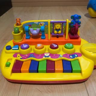 ピアノ的なおもちゃ