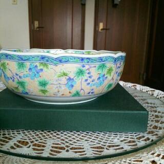 銀彩ぶどう大鉢と小鉢揃