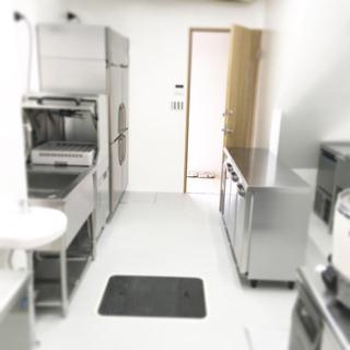 週払い可 週に2日〜厨房機器の搬入搬出のお手伝い