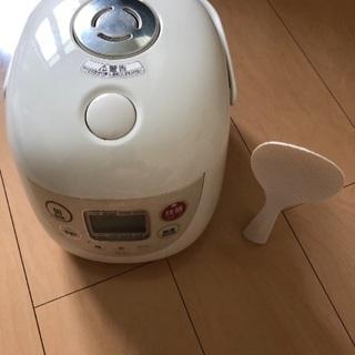 炊飯器 3合炊きの画像