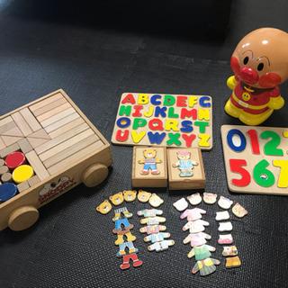 木のおもちゃ 積み木 パズル 着せ替えクマさん アンパンマン